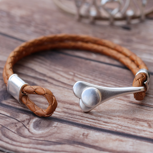 Heart Toggle Leather Bracelet