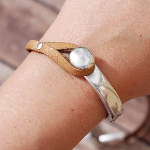 5mm Vintage Half Cuff with Rivet