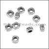 2xB-1 Thin Square Bead