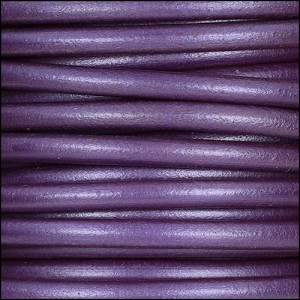 5mm round Euro leather METALLIC GRAPE - per 10 feet