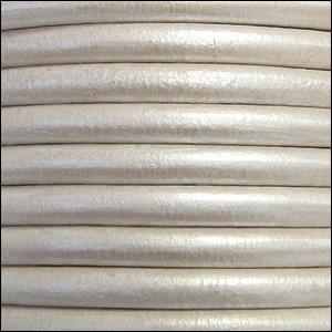 4.5mm round Euro leather METALLIC WHITE - per 10 feet