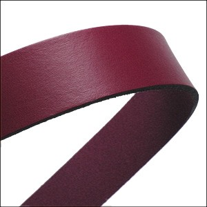 20mm flat leather PLUM - approx. 3 feet