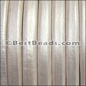 Regaliz® Leather Oval METALLIC WHITE - per meter